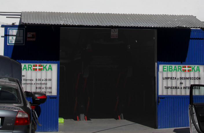 Taller mecánica rápida Eibarka gasolinera ACITAIN Eibar