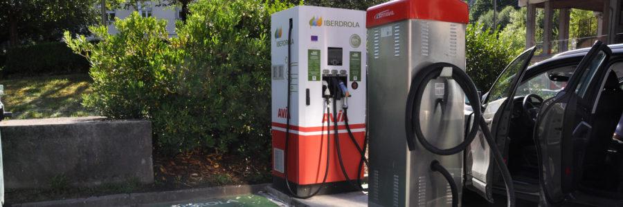 Punto recarga rápida para vehículos eléctricos