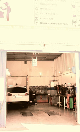 Taller mecánica rápida gasolinera Acitain